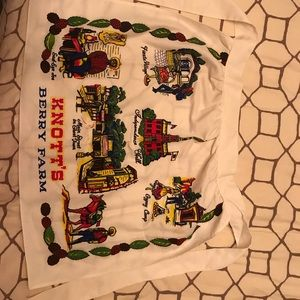 Other - Knotts Berry Farm apron